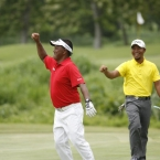 tony lascuna ang gialon celebrating the pi the winning berdie shots in hole 17