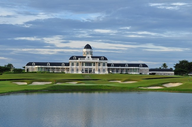 summit-point-clubhouse 650px